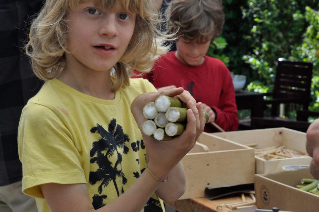 Wildbienenhaus gemeinsam bauen 28